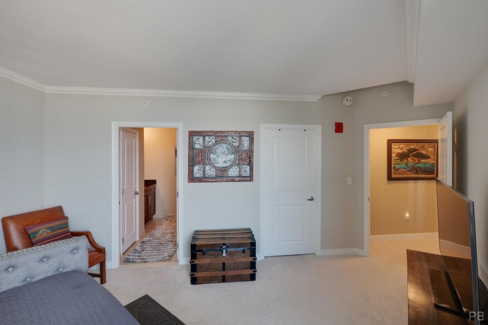 2nd bedroom has its own huge walk-in closet and bathroom